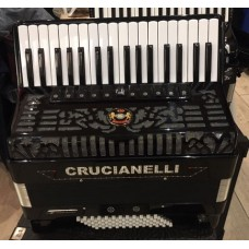 Crucianelli 34 Key 72 Bass 4 Voice Piano Accordion USED