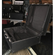Used Accordion Case to typically fit Hohner Accordion 72 bass or similar