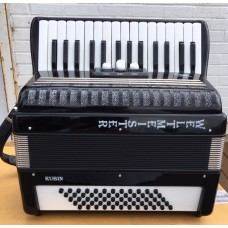 Weltmeister Rubin 60 Bass Piano Accordion 2 voice Right Hand